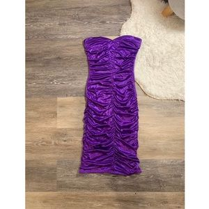 Le Chateau Ruched Purple Strapless Prom Dress